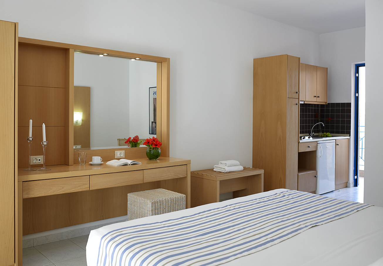 Lindia Thalassa  Bed Apartment